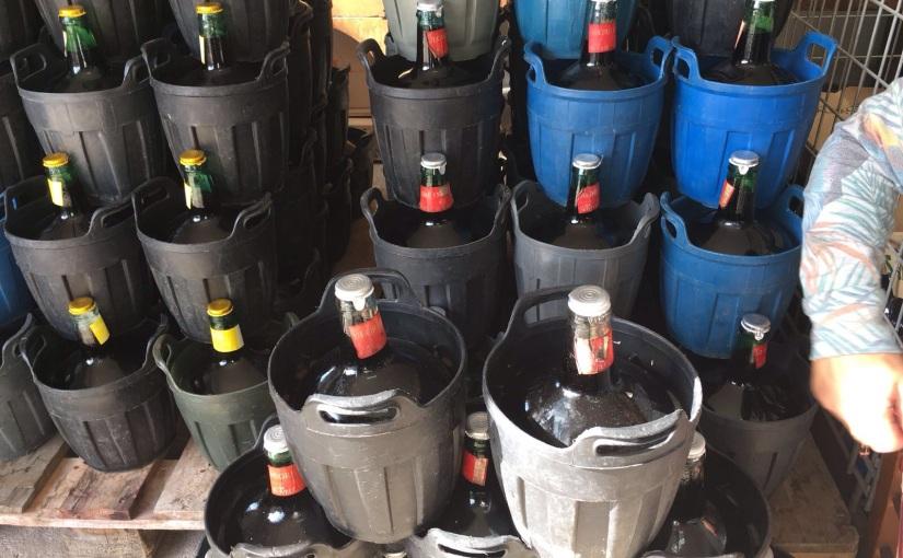 Mallorquinisches Stierblut in recyceltenBallonflaschen