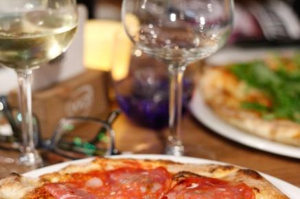 piccola_pizza_meineauslese_weinprobe_nettwein_blindverkostung_koeln