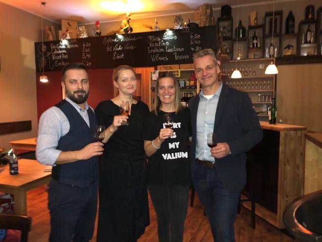 Team Saudade mit Portweinexperte Axel Probst und Sommelière Iris Shafie