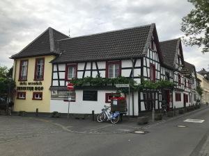 Weingut_pieper_königswinter_jesuitenhof_mittelrhein_hotel_rhein
