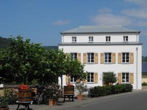 Weingut_erbhof_sanktmichael_weinregion_mosel_wintrich_gästehaus